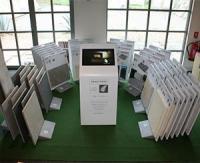 Le « Corner Digital Jardin » présente 100% des collections Bradstone et Carré d'arc en magasin