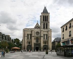 """Le """"remontage"""" de la flèche de la basilique de Saint-Denis débutera en 2020 pour..."""