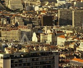 Évacuation dans l'une des plus grandes copropriétés dégradées de Marseille