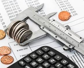 """Baisser de 3 points les dépenses publiques suppose des """"efforts dans la sphère..."""
