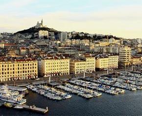 Effondrements mortels de Marseille: 500 personnes relogées sur les 2.000...