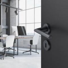 Poignées de porte design alu ou laiton en finition noire ou blanche