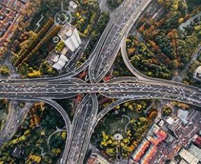 La hausse du budget 2019 pour les infrastructures de transport est moins...