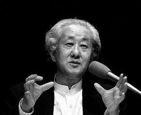 """Le Japonais Arata Isozaki lauréat du prix Pritzker, le """"Nobel de l'architecture"""""""