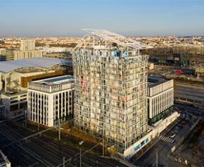 Une tour d'habitation de Jean Nouvel inaugurée à Lyon