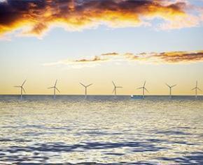 Feu vert à la construction d'un parc éolien en mer contesté au large de la...