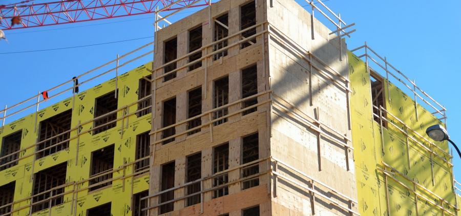Malgré un bon début d'année, la chute du logement neuf inquiète les professionnels du bâtiment