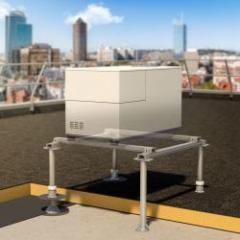 Structures supports fixés mécaniquement pour équipements techniques en toiture-terrasse