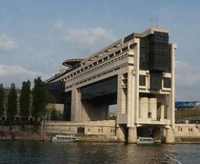 Bercy contraint à dévoiler l'accord passé en 2015 sur les concessions d'autoroutes