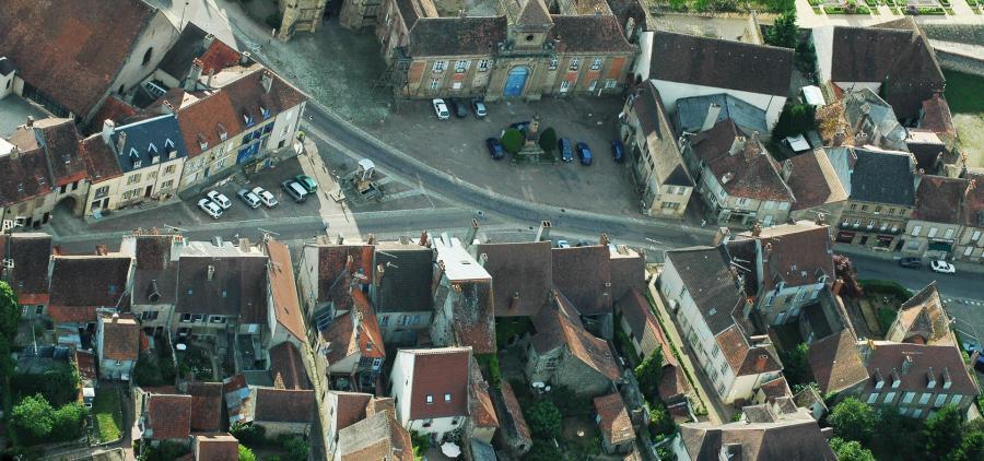 Julien Denormandie présente le nouveau dispositif fiscal pour inciter à rénover les bâtiments anciens