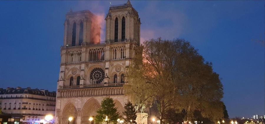Il faudra des décennies pour reconstruire Notre-Dame de Paris ravagée par les flammes