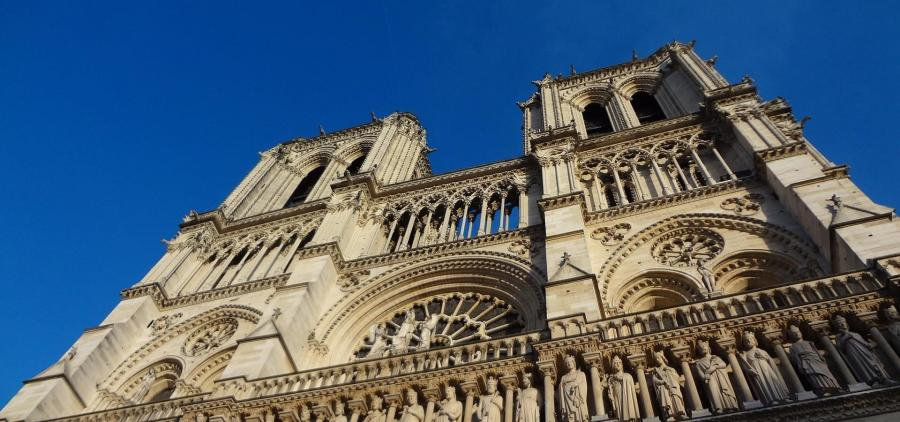 Peut-on vraiment reconstruire Notre-Dame en 5 ans ?