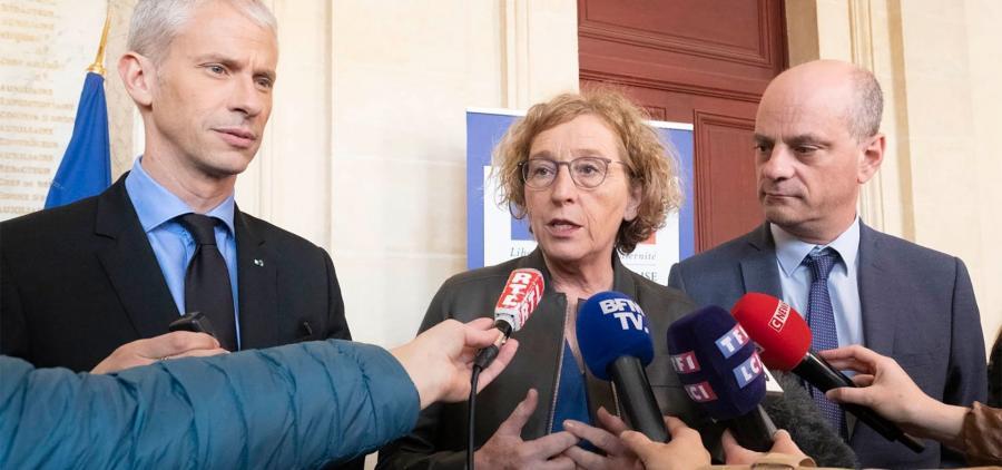 """Notre-Dame : Le Gouvernement lance """"Chantiers de France"""" pour attirer des apprentis dans le bâtiment"""