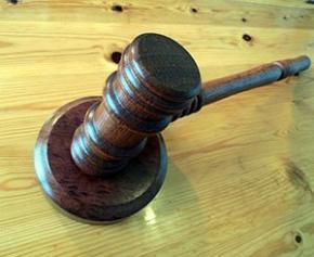 La justice ordonne un procès à Paris concernant l'empire immobilier de l'oncle de...