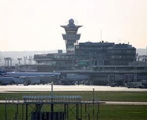 L'aéroport d'Orly qui a plus de 100 ans fait peau neuve