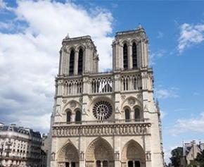 Plus d'un Français sur deux pour reconstruire Notre-Dame à l'identique, selon...