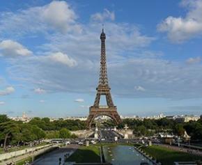 Le site de la Tour Eiffel piétonnisé et végétalisé d'ici 2024