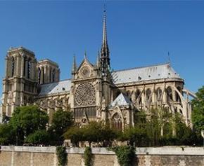"""L'architecte chargé de Notre-Dame appelle à refaire la flèche """"à l'identique"""""""