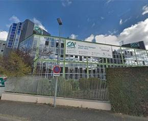 Crédit Agricole Centre-Est investit 70 millions d'euros dans la rénovation de son...