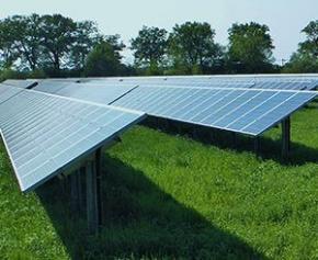 Les promoteurs d'un parc photovoltaïque dans le Larzac veulent rassurer les...