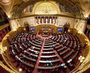 Le Sénat a débuté l'examen du projet de transformation de la fonction publique