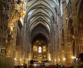 Après l'incendie de Notre-Dame, l'épineuse question des autres cathédrales...