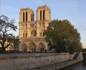 Notre-Dame : Signature de conventions pour le reversement à l'État des...