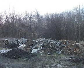 Création d'une filière pollueur-payeur contre les décharges sauvages des...