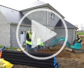 Drainer les fondations d'une construction SANS GRAVIER, avec le drain BATIFIBRE...