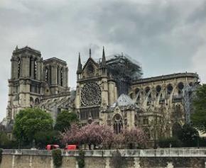 L'échafaudage de Notre-Dame complexe à démonter peut encore s'écrouler