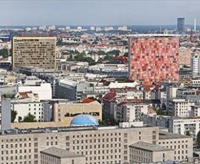En ex-RDA, l'art illumine et humanise les tours de grands ensembles