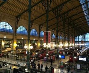 Lâchée par Paris sur la transformation de la gare du Nord, la SNCF craint des...