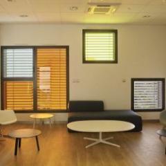 Fenêtre aluminium à ouvrant caché et à performances thermiques évolutives