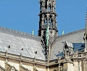 """Plomb à Notre-Dame : le chantier est """"étanche"""" et il n'y a pas de """"surcontamination"""""""