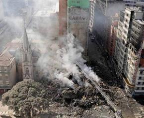 L'effondrement d'un immeuble au Brésil fait un mort et 10 disparus