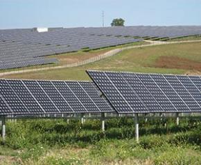 """Un """"nouveau scénario"""" d'ici un an pour un projet solaire contesté dans le Larzac"""