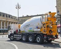 Unibéton dévoile son camion toupie entièrement GNV, une première en France
