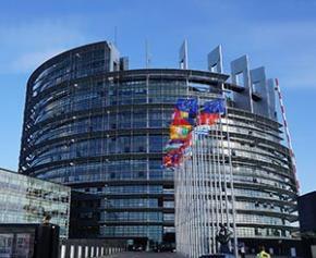 Des élus de Paris, Berlin et Barcelone demandent à l'UE une nouvelle directive...