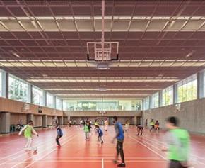 Ropa & Associés Architectes livre le nouveau gymnase du collège Marguerite Duras...