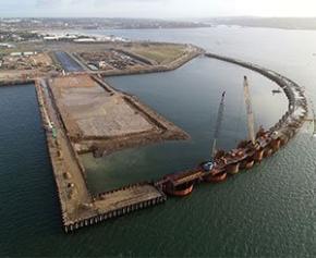 Le nouveau quai du polder de Brest en Bretagne va devoir être renforcé