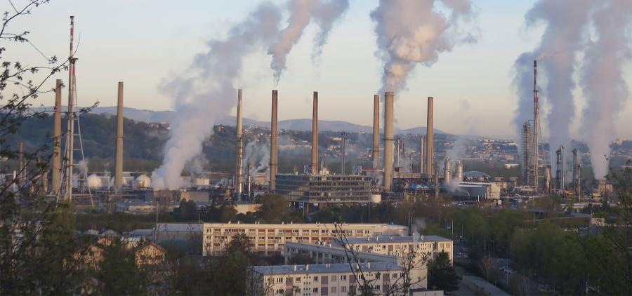 """Les professionnels du BTP annoncent des """"avancées"""" suite aux blocages des dépôts pétroliers"""