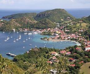 L'État lance son plan pour le logement en Outre-mer en promettant au moins 600...