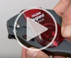 Astuce Legrand : pince automatique Colson, serrage et coupe d'un seul geste