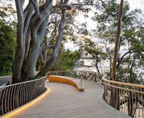Une passerelle en Accoya® pour un parc national de la côte australienne