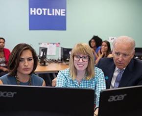 """Une """"hotline"""" pour aider les entreprises à calculer l'index de l'égalité professionnelle"""