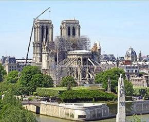 Notre-Dame: Georgelin maintient le cap d'une restauration en cinq ans...