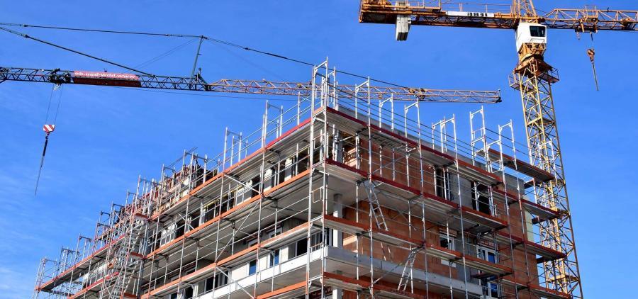La construction de logements baisse encore en 2019, mais moins qu'en 2018