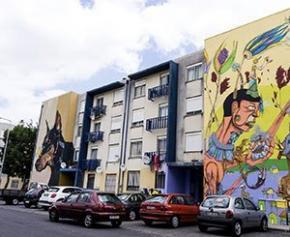 Une cité stigmatisée de Lisbonne, transformée par le street art