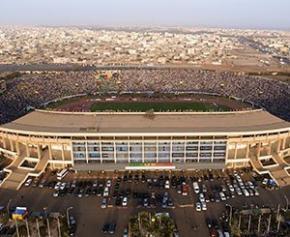 Le président du Sénégal lance les travaux d'un stade de 50.000 places pour les...