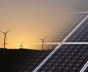 Elisabeth Borne a réuni les acteurs de la filière des énergies renouvelables...